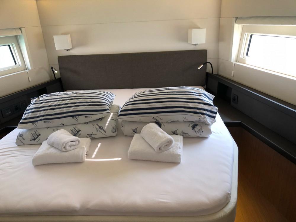 noleggio Barca a vela  - Bénéteau Oceanis Yacht 62