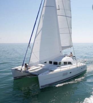 Noleggio barche Ostia economico Lagoon 380 S2