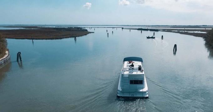 Houseboat a noleggio a Precenicco al miglior prezzo
