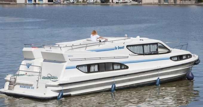 Noleggio yacht a Carrick-on-Shannon – Connoisseur Magnifique  su SamBoat
