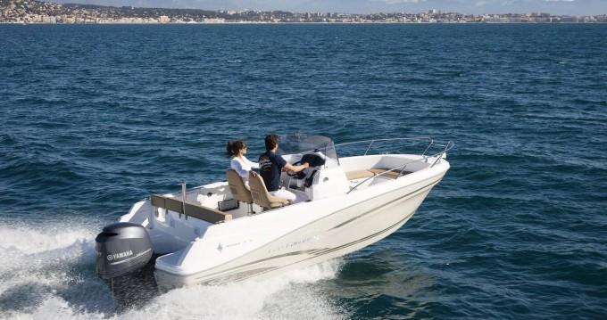 Noleggio barche Toulon economico Cap Camarat 6.5 CC