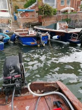 Noleggio Barca a motore a Napoli – Conplast Marlin 21