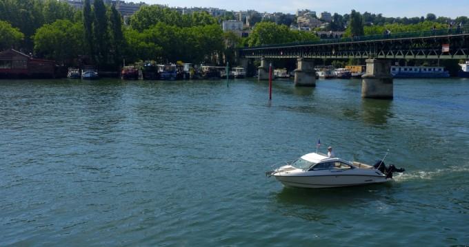 Flipper 700 ST tra privati e professionisti a Paris