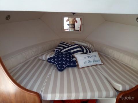 Noleggio Barca a motore con o senza skipper Mano Marine a Castellammare di Stabia