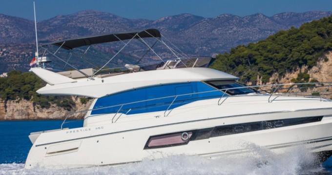 Noleggio barche Ragusa economico Prestige 460