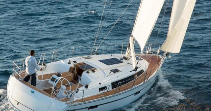 Barca a vela a noleggio a Agia Efimia al miglior prezzo
