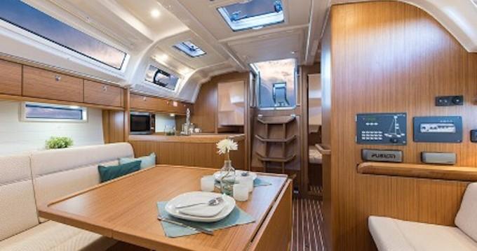 Noleggio yacht a Agia Efimia – Bavaria Bavaria 37 su SamBoat