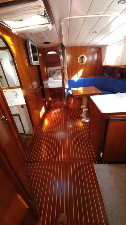 Noleggiare un'Menorquin Yachts Menorquin Yachts 150 Fly Maó