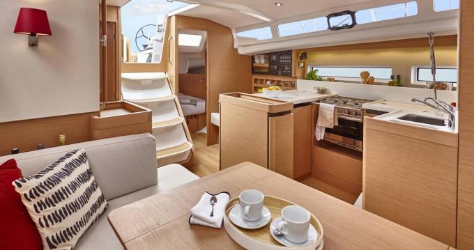 Noleggio yacht a Procida – Jeanneau Sun Odyssey 440 su SamBoat