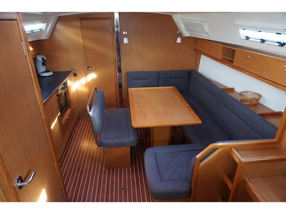 Bavaria Bavaria Cruiser 40 tra personale e professionale Lemmer