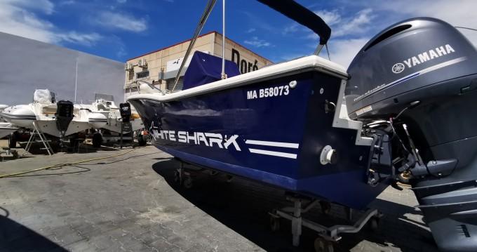 Noleggio Barca a motore con o senza skipper White Shark a Marseille