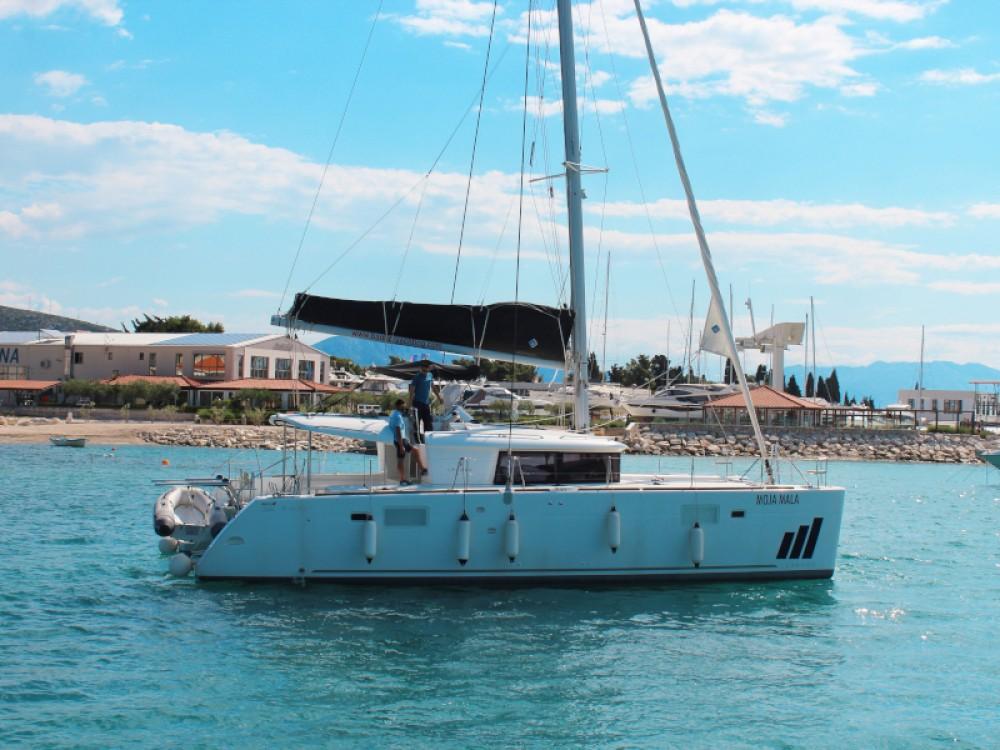 Noleggio barche Lagoon Lagoon 450 Fly Seghetto su Samboat
