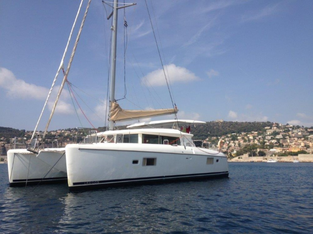 Noleggio yacht Antibes - Lagoon Lagoon 420 su SamBoat
