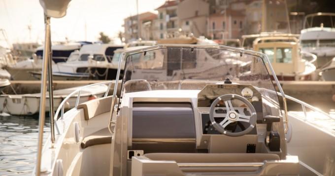 Noleggio Barca a motore con o senza skipper Atlantic a Podgora