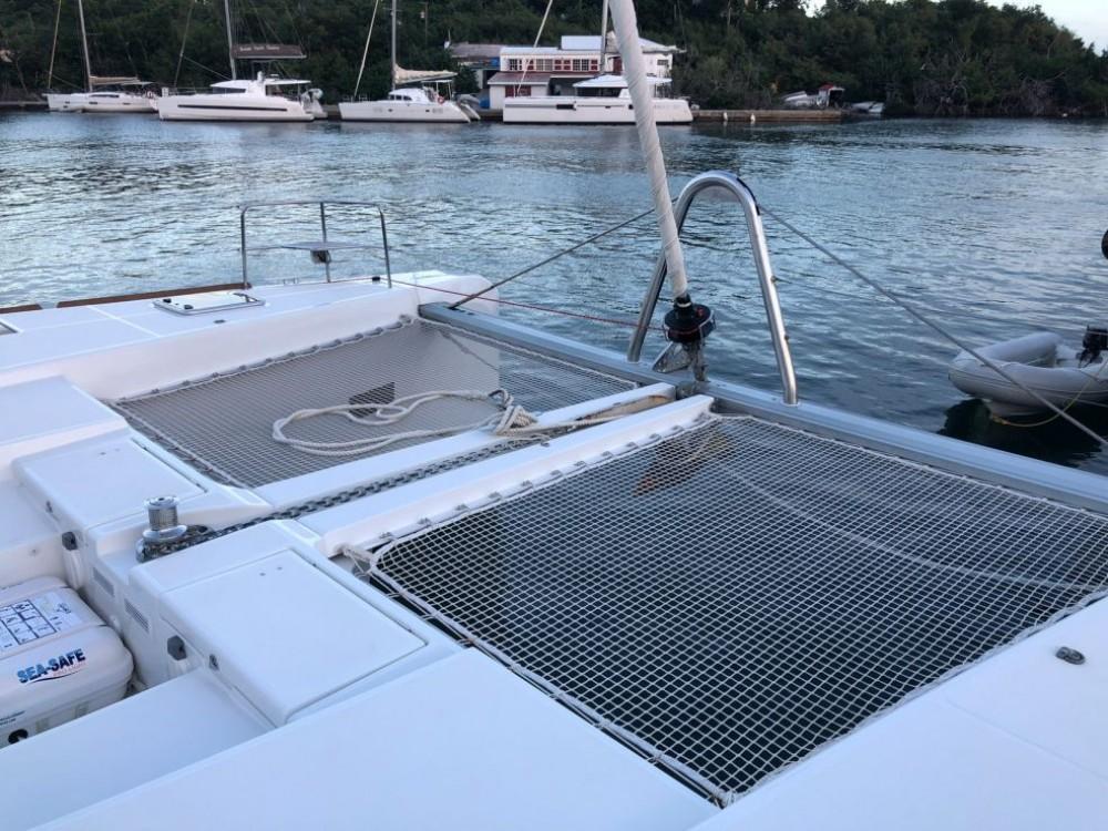 Noleggio barche  economico Lagoon 52