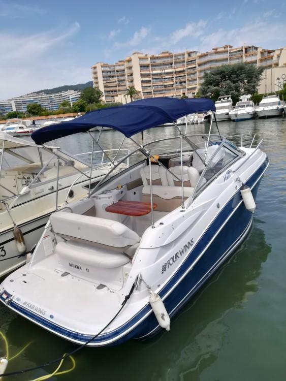 Noleggio Barca a motore Four Winns con una patente