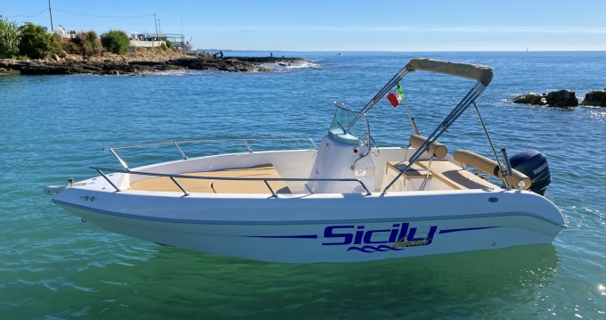 Noleggio Barca a motore con o senza skipper Aquamar Avola