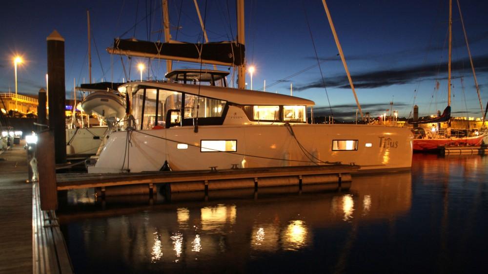 Noleggio barche Lagoon Lagoon 42 Rogosnizza su Samboat
