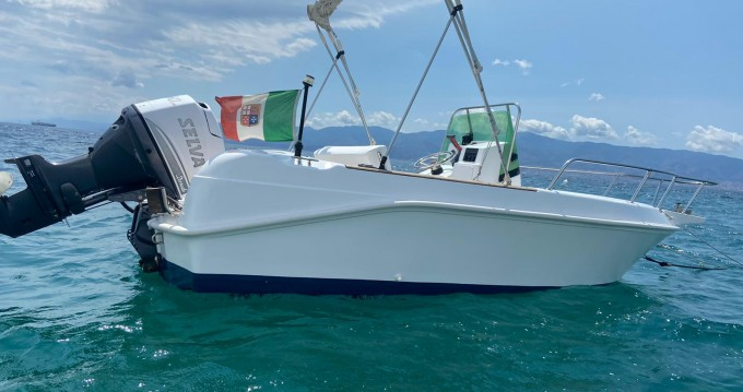 Noleggio barche Villa San Giovanni economico Elan 17 CC