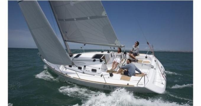 Noleggio yacht a Port du Crouesty – Bénéteau First 31.7 su SamBoat