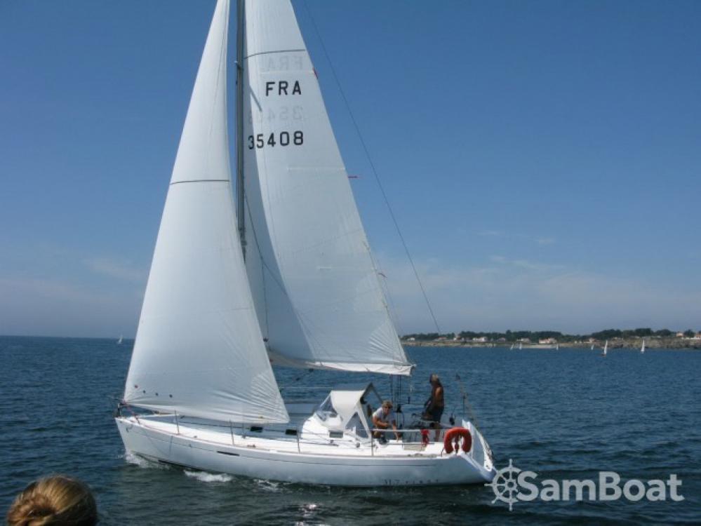 Bénéteau First 31.7 tra personale e professionale Port du Crouesty