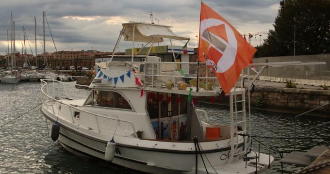 Barca a motore a noleggio a Livorno al miglior prezzo