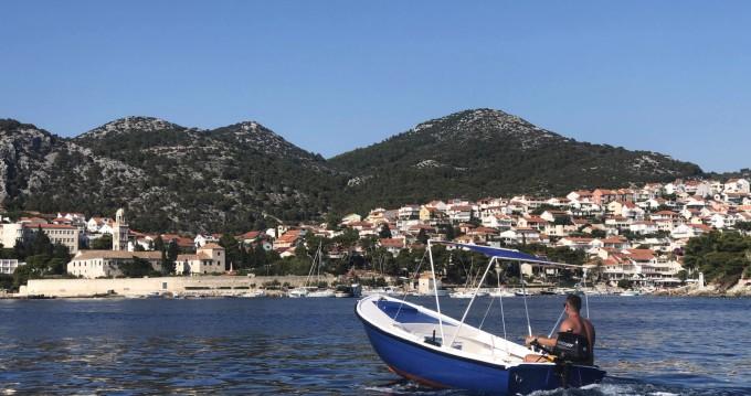 Noleggio barche Lesina economico Jugoplastika