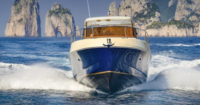 Noleggio yacht a Piano di Sorrento – Fratelli Aprea Sorrento 32 walk around su SamBoat