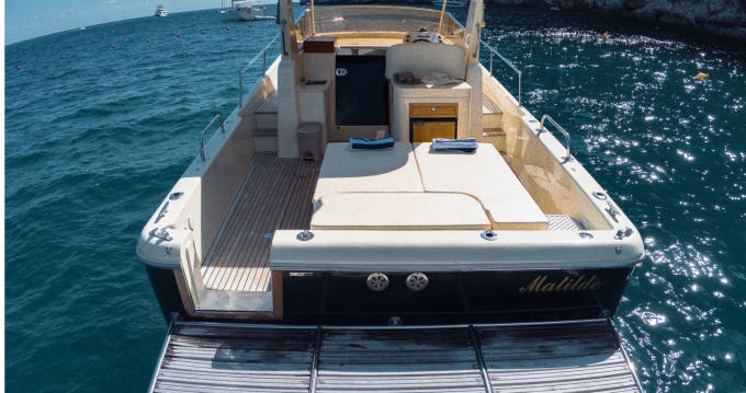 Noleggio barche Fratelli Aprea Sorrento 32 walk around a Piano di Sorrento su Samboat