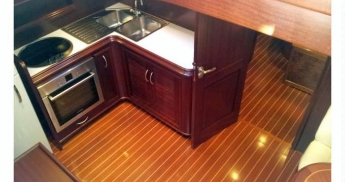Noleggio Yacht Yatch abati  con patente nautica