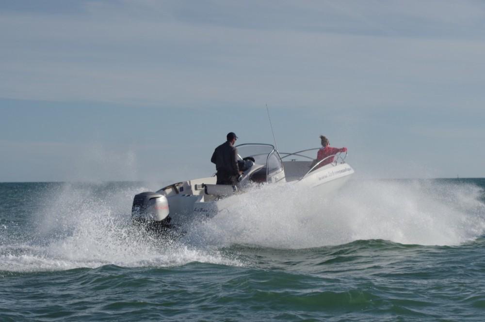 Barca a motore a noleggio Noirmoutier-en-l'Île al miglior prezzo