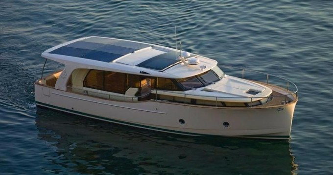 Noleggio yacht a Porto – Greenline Greenline 40 su SamBoat
