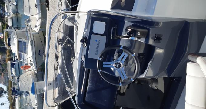 B2 Marine Cap Ferret tra privati e professionisti a Bandol