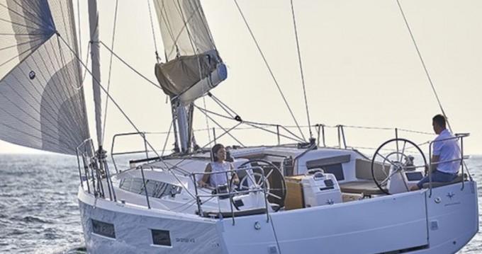 Jeanneau Sun Odyssey 410 Performance tra privati e professionisti a Tropea