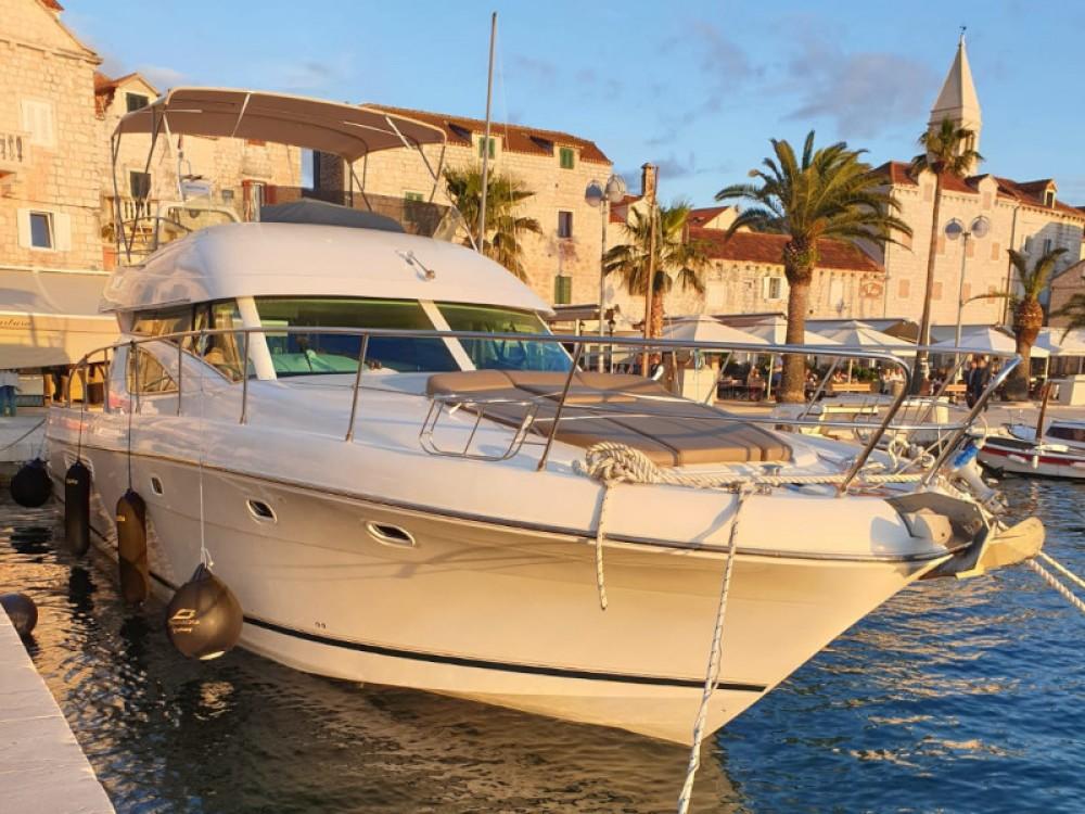 Noleggio barche Jeanneau Jeanneau Prestige 46 Fly Spalato su Samboat