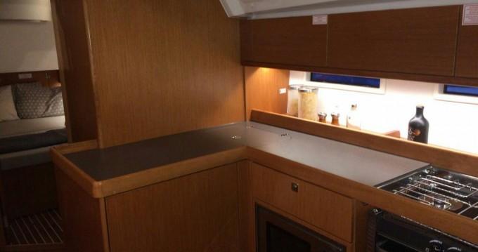 Bavaria Cruiser 46 tra privati e professionisti a Lu Canniscioni