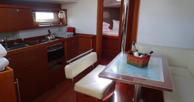Noleggio barche Atene economico Oceanis 45