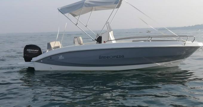 Noleggio Barca a motore Orizzonti con patente nautica