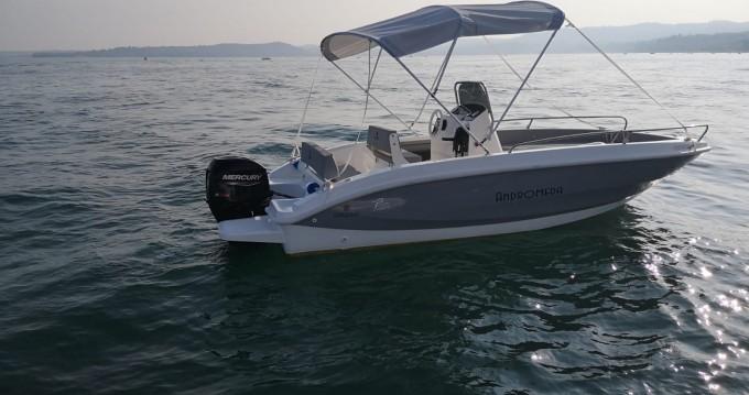 Noleggio Barca a motore con o senza skipper Orizzonti a Moniga del Garda