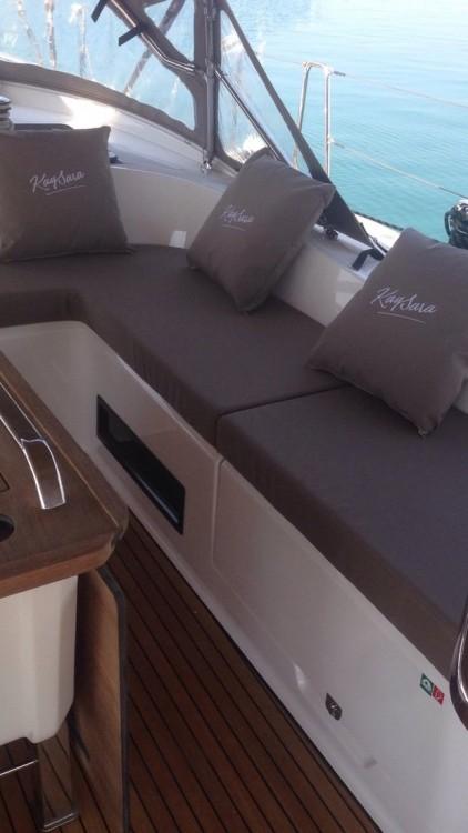 Barca a vela a noleggio Campania al miglior prezzo