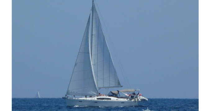 Noleggiare una Bénéteau Oceanis 40 a La Grande-Motte