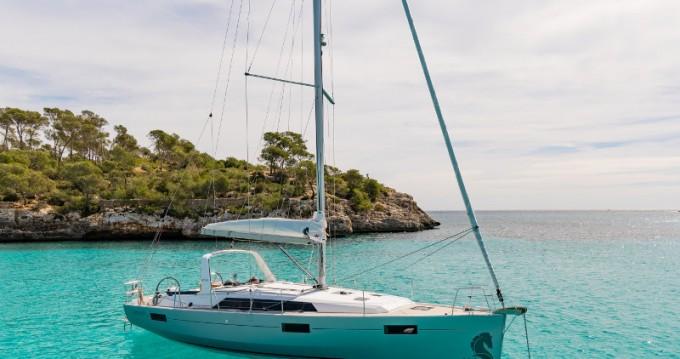 Noleggio Barca a vela con o senza skipper Bénéteau a Vibo Valentia Marina