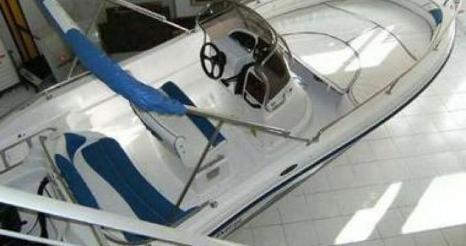Noleggio Barca a motore a Formicoli – Ranieri Soverato 545