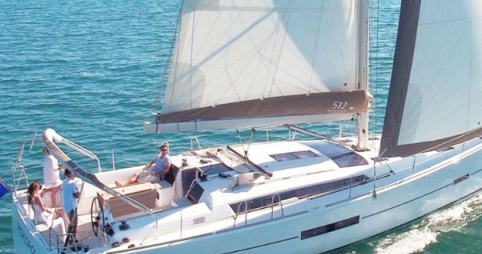Barca a vela a noleggio a Capo d'Orlando al miglior prezzo