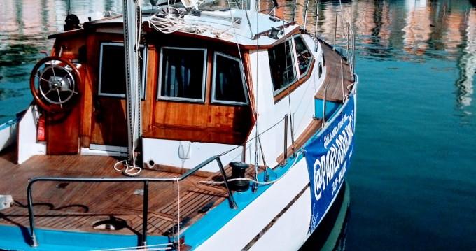 Noleggio yacht a Scario – Franchini Franchini 37 su SamBoat