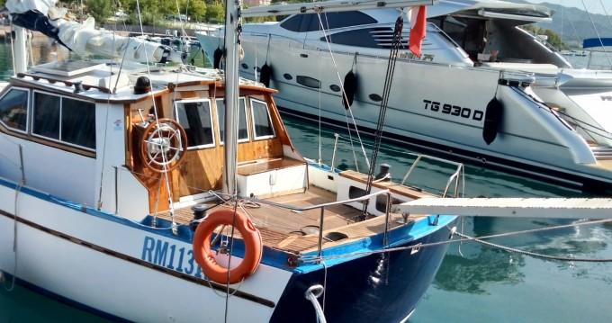 Barca a vela a noleggio a Scario al miglior prezzo