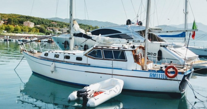 Noleggio Barca a vela con o senza skipper Franchini a Scario