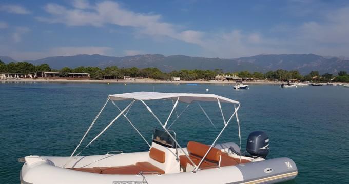 Noleggio yacht a Bonifacio – Zodiac Medline II su SamBoat