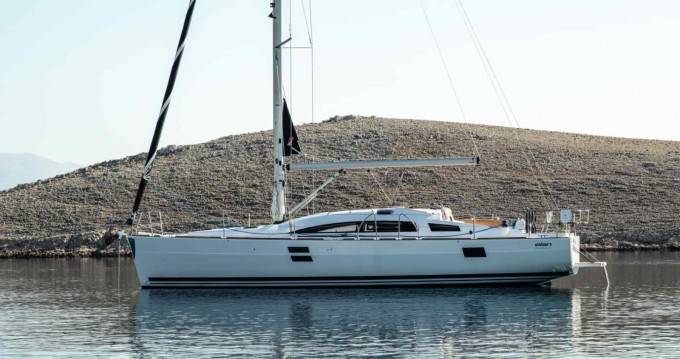 Noleggiare una Elan Impression 40.1 a Ibiza Island