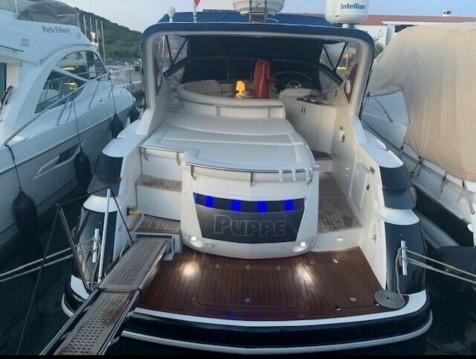 Sessa Marine Oyster C 42 tra privati e professionisti a Bilice